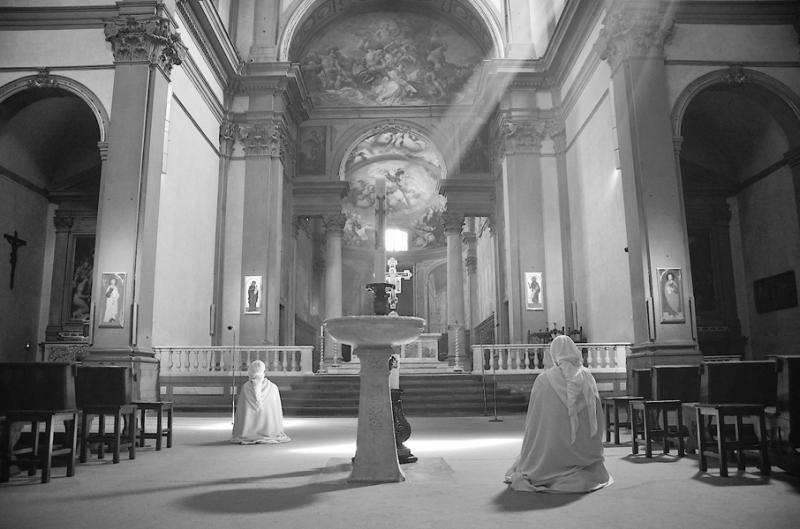 佛罗伦萨教堂的午后.jpg