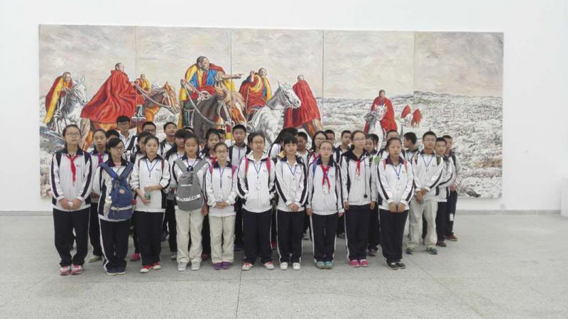 """三圣中学学生团的一个参观小队""""艺术课""""合影.jpg"""