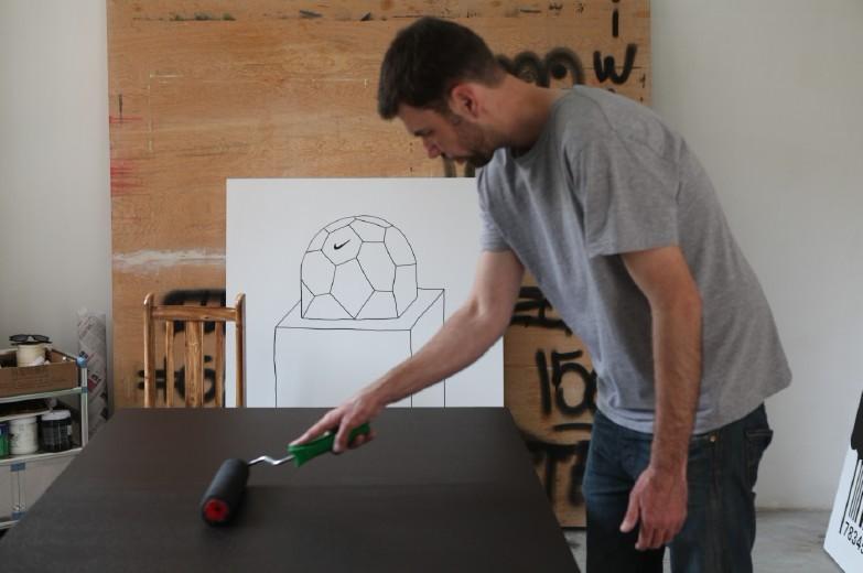 艺术家在驻留工作室工作